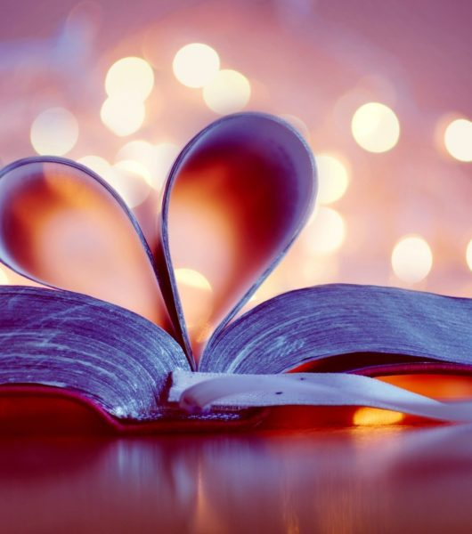 VOCABULARY 25: Love is in the air